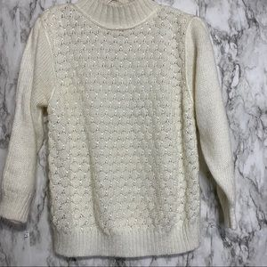 Vintage sweater cording & round ball like detail